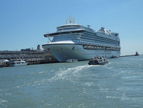 Cruise at Venice