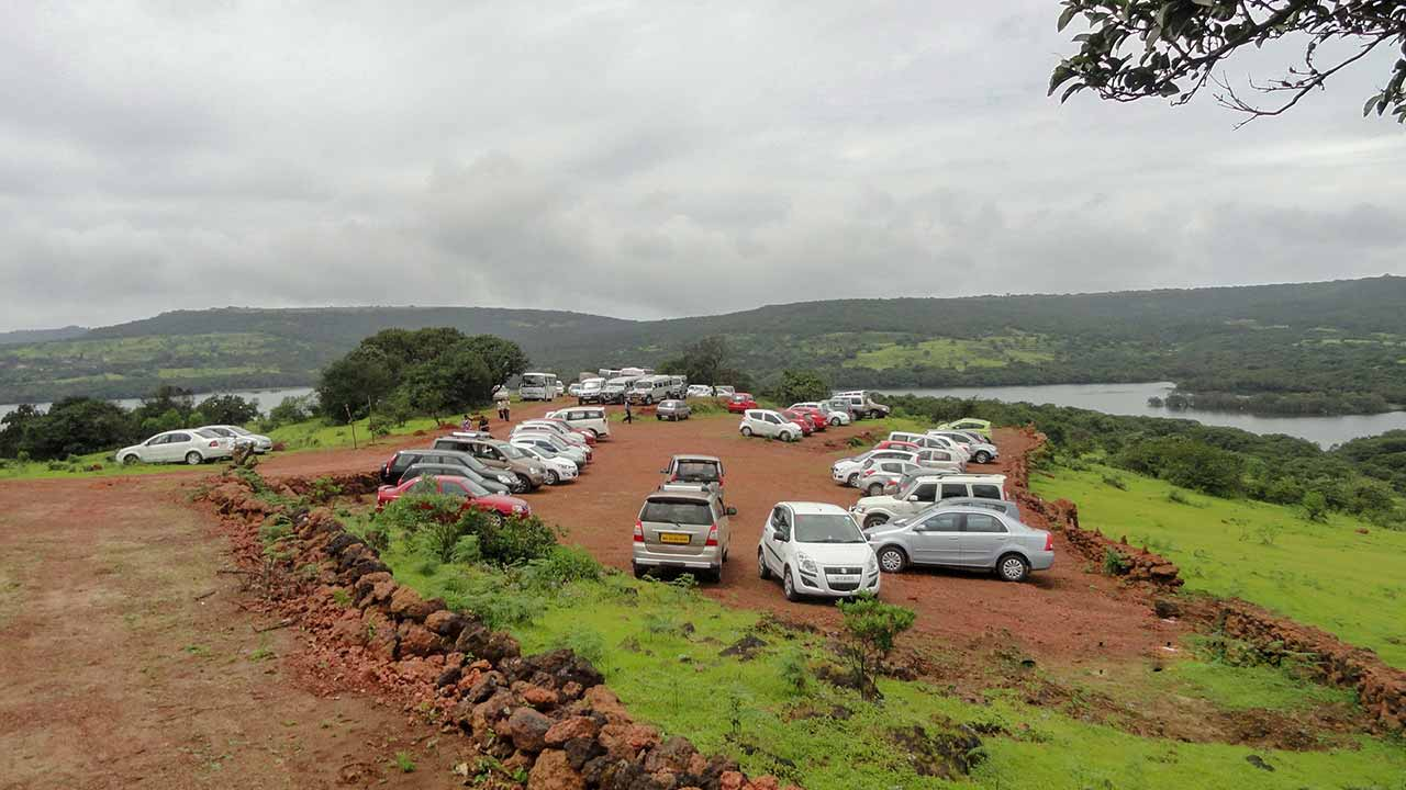 Parking at Kas Plateau