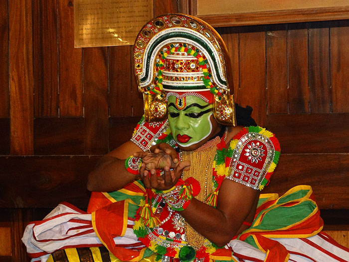 Ottamthullal Dance Performance