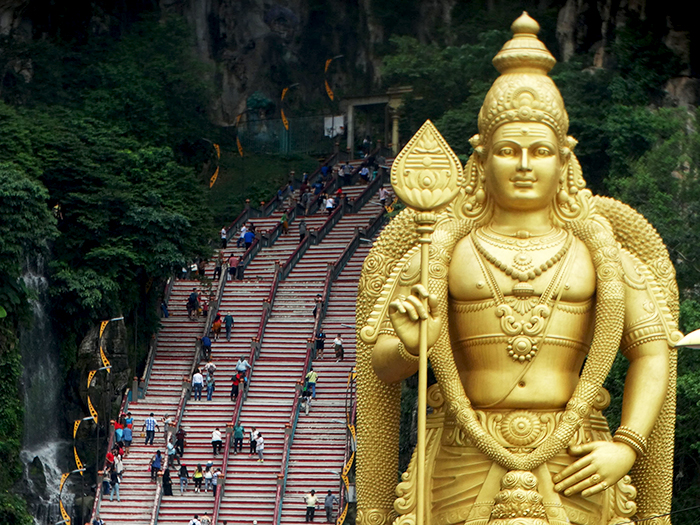 Huge statue of Lord Murugan at the entrance